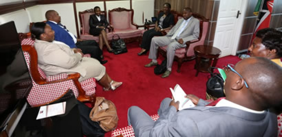 SOUTH AFRICA'S INDEPENDENT COMMISSION FOR REMUNERATION PAYS COURTESY CALL TO COUNCIL OF GOVERNORS